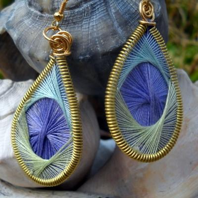 STRING ART EARRINGS IN BRASS