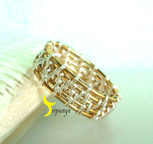 Triyumarni's exquisitely woven gold and silver wire-wrapped ring~